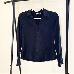 caslon // 2004 100% silk button up size M